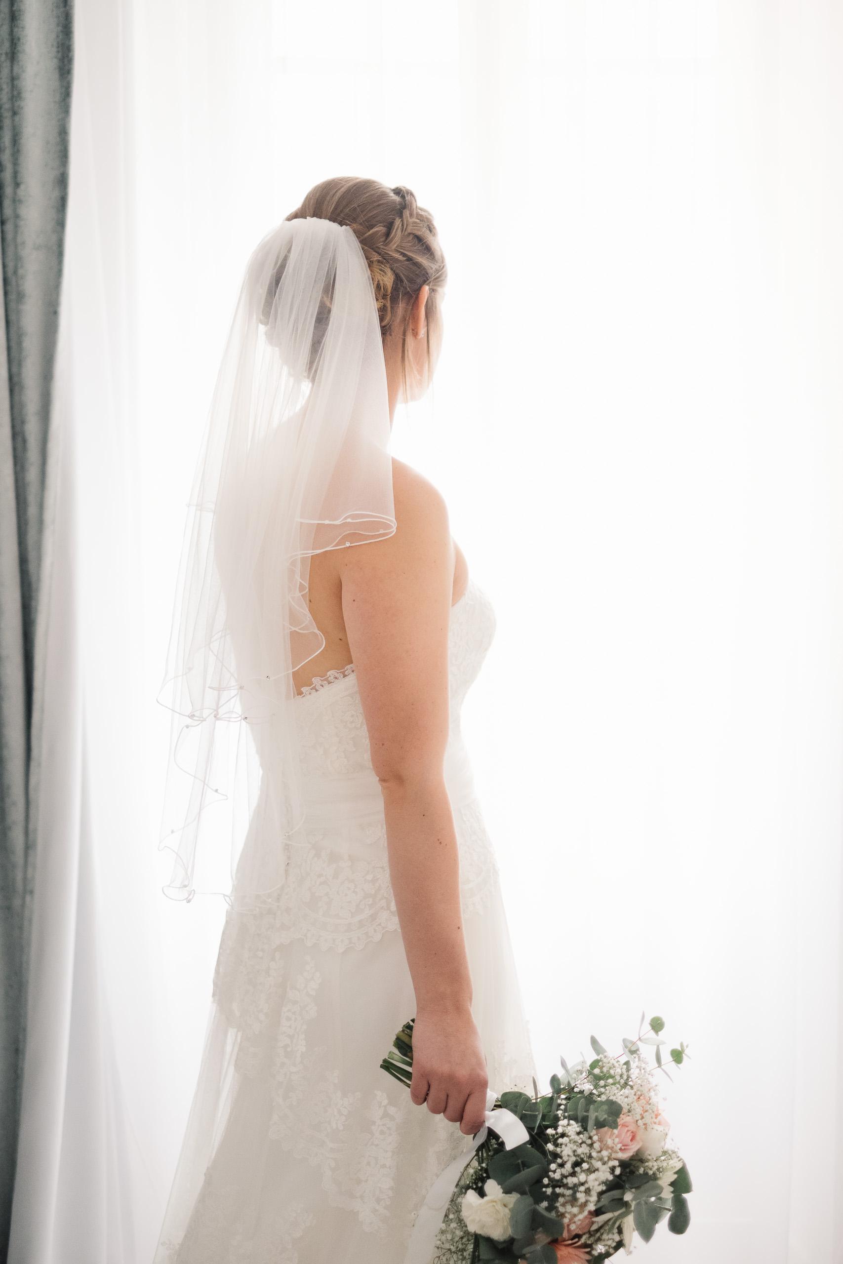 Mariage à Chambéry, chambre au Petit Hôtel Confidentiel - Lucile & Florent