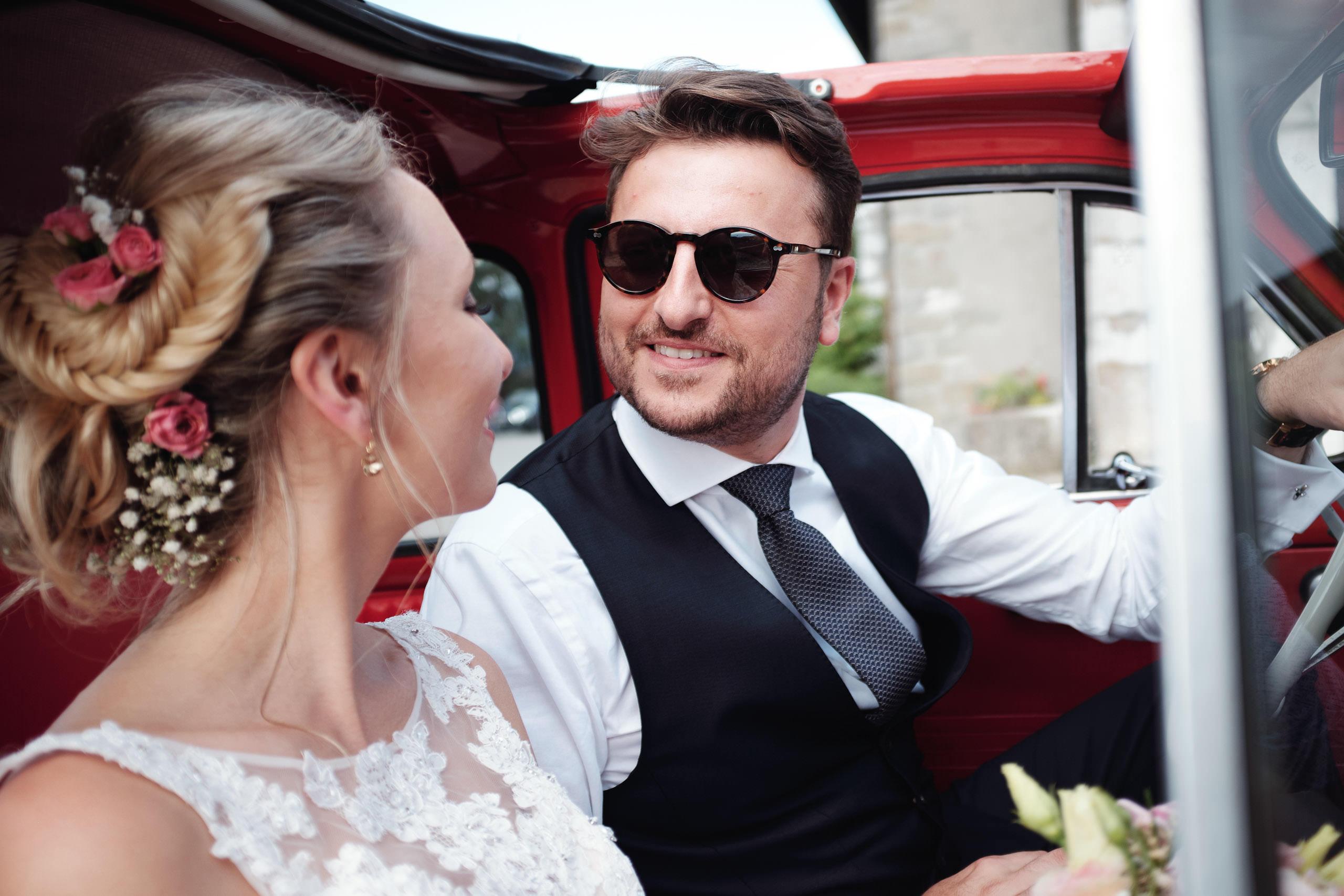 Fiat 500 rouge - Photographe mariage à Annecy