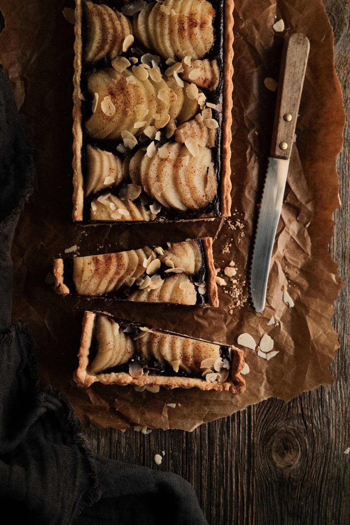 Photographe culinaire style dark et moody à Chambéry : Pâtisseries et gâteaux